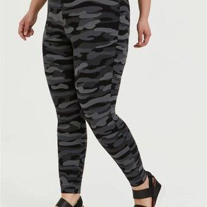 Torrid Leggings Full Length Camo Black Gray 5